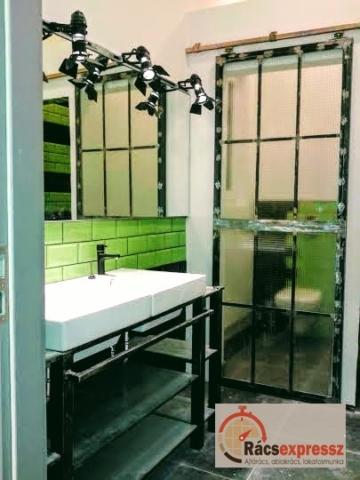 Fürdőszobai fém berendezés